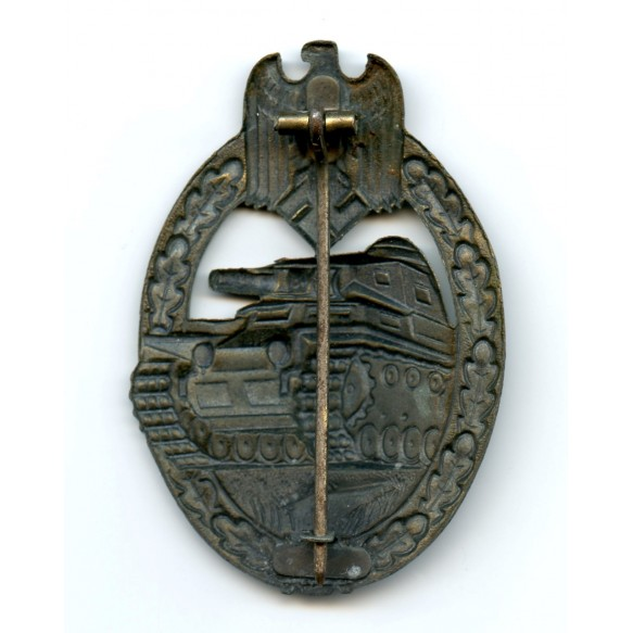 Panzer assault badge in bronze by Gebr. Wegerhoff, variant catch